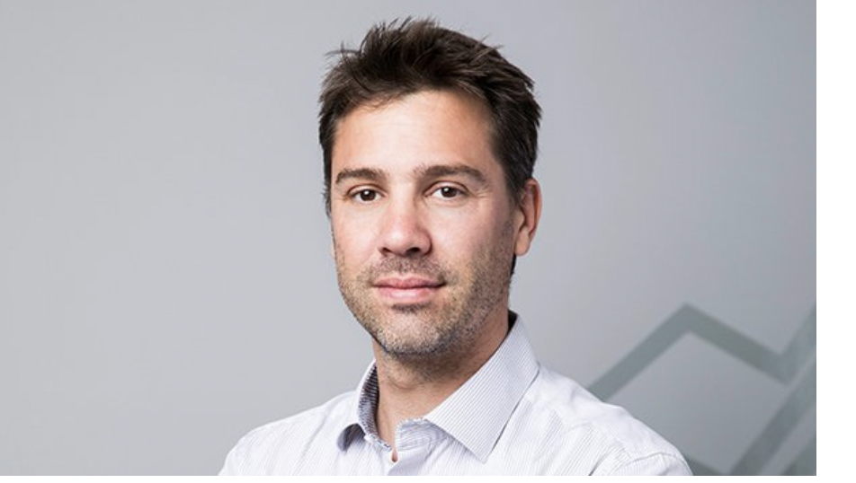 Yoni Assia, Co-Founder and CEO of eToro, Joins Me on Panic with Friends to Discuss Dogecoin, the Rise of Retail Investors, and the Future of Crypto (EP.161) - Howard Lindzon